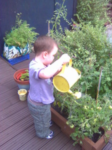 kidsinthegarden 006