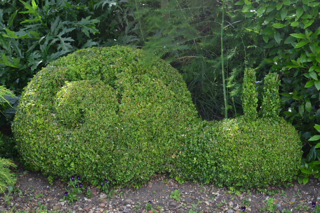 snail topiary