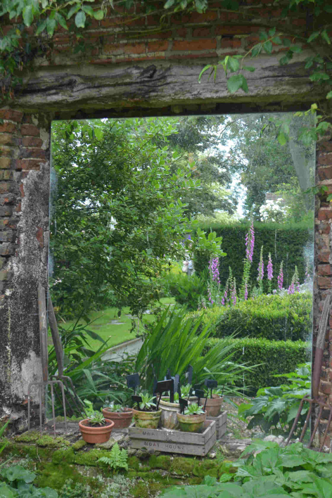 Garden Mirrors for Children | Kidsinthegarden